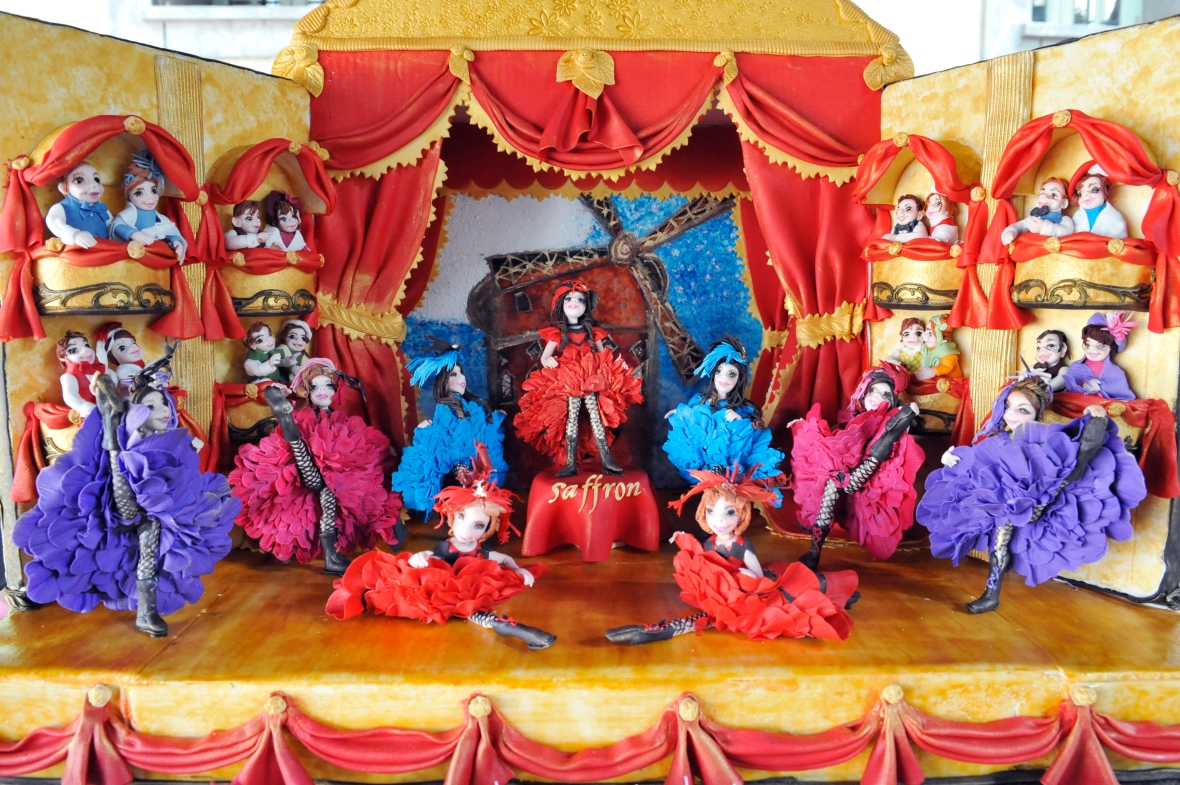 Moulin Rouge cake characters