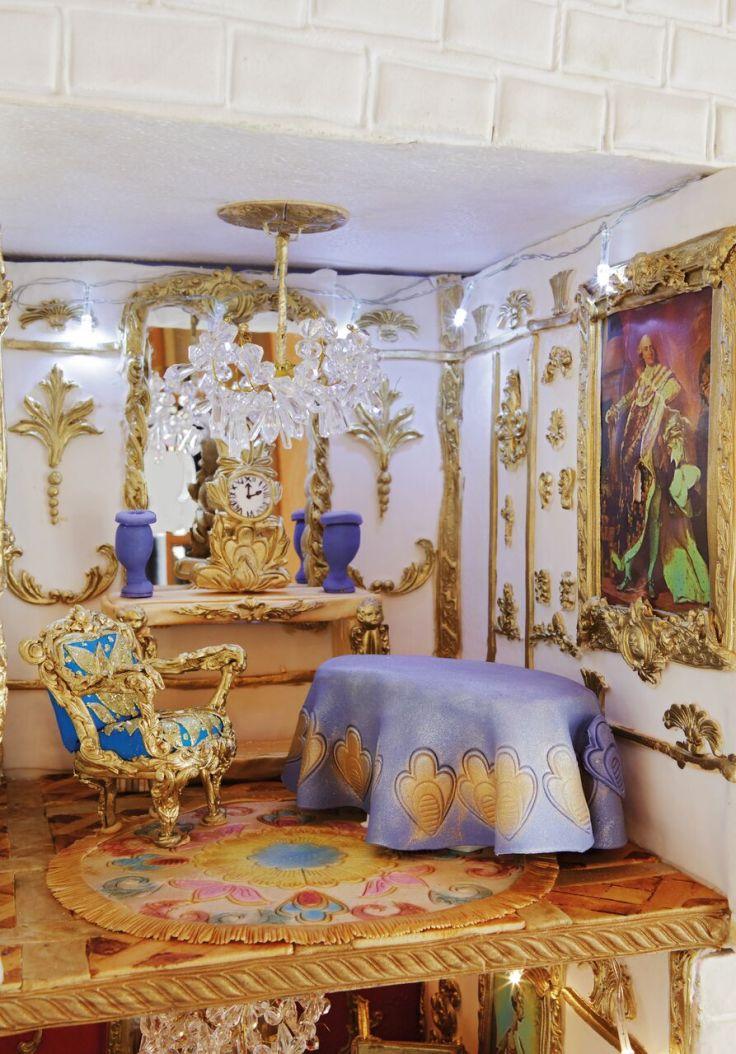 Scarlett Purple Room