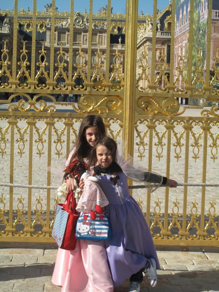 Versailles as little girls