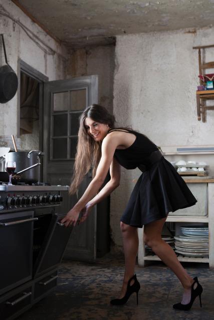 Karen oven paris kitchen